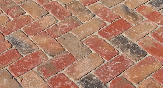 McNear Brick & Block – Sandmold Series - Balmoral Pavers